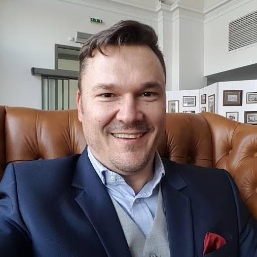 Palánkai Gábor gyakorlati szakember, aktív ügyvezető